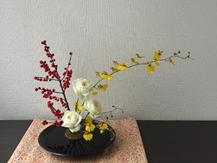 (TOKYO) Asakusa English speaking RICKSHAW tour and Japanese style Flower Arrangement EXPERIENCE
