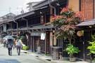 "Walk in the ""Little Kyoto"" of Hida-Takayama and enjoy the Hida-gyu beef popular among sophisticated diners!"